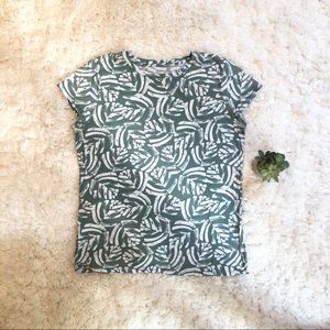 Loft T-shirt with Green Fern Pattern - Large